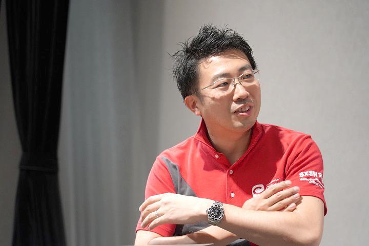 Picture of Mr.Suzuki_鈴木氏の写真3.jpg
