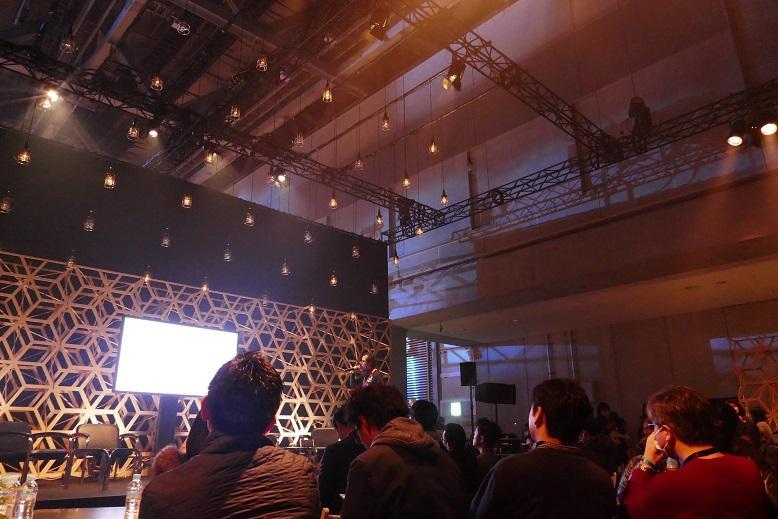 3ダイアログステージの様子_Dialogue Stage.JPG