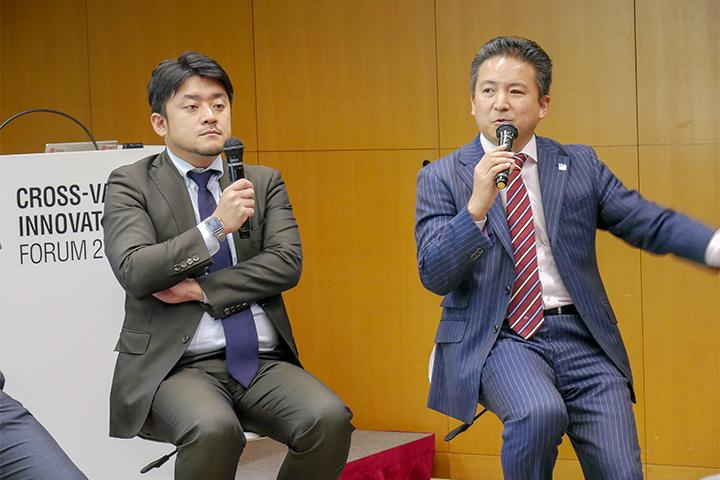 19_発表する光村氏と八子氏の様子_Picture of Mr.Komura and Mr.Yako at Cross Value Innovation Forum 2018.jpg