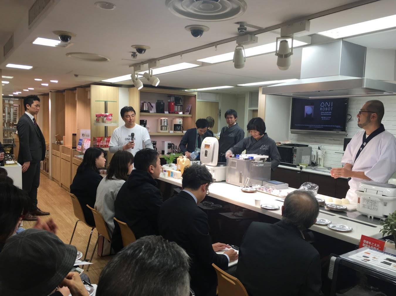 12_イベントの様子_At event venue.JPG